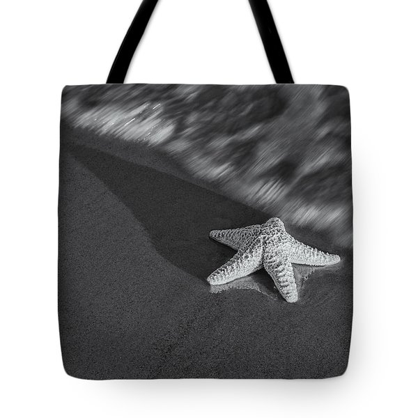 Starfish On The Beach BW Tote Bag by Susan Candelario