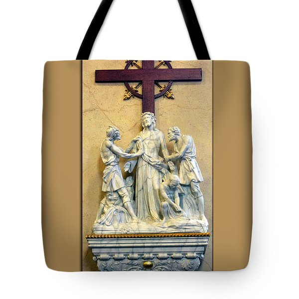 Station Of The Cross 10 Tote Bag by Thomas Woolworth