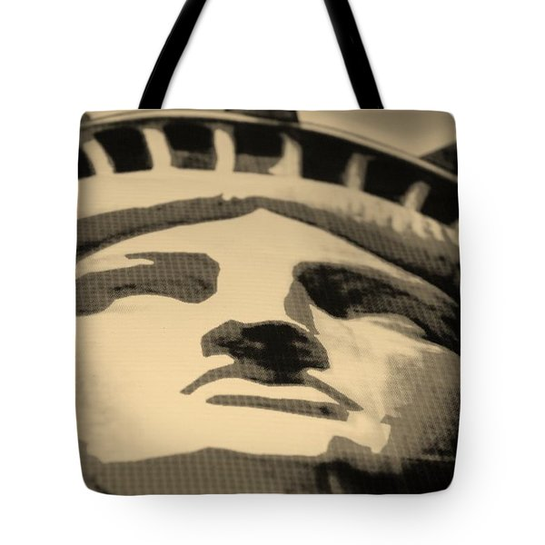 Statue Of Liberty In Sepia Tote Bag by Rob Hans