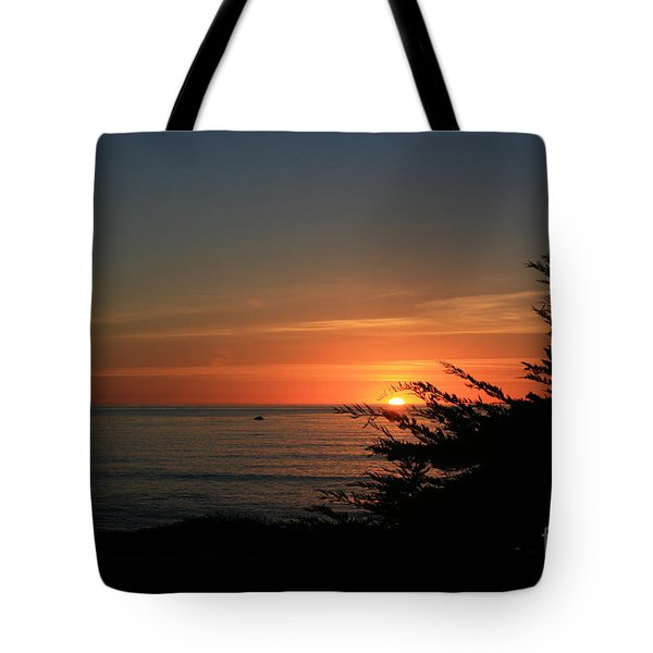 Sun Setting in Cambria Calm Pacific Tote Bag by Ian Donley