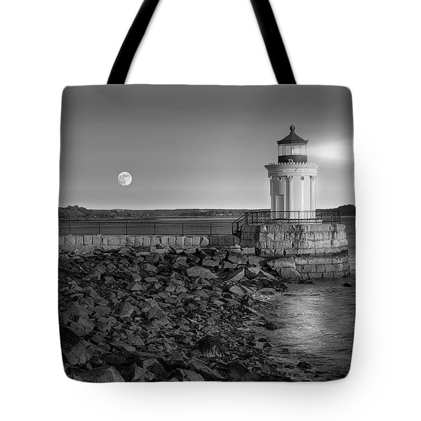 Sunrise at Bug Light BW Tote Bag by Susan Candelario