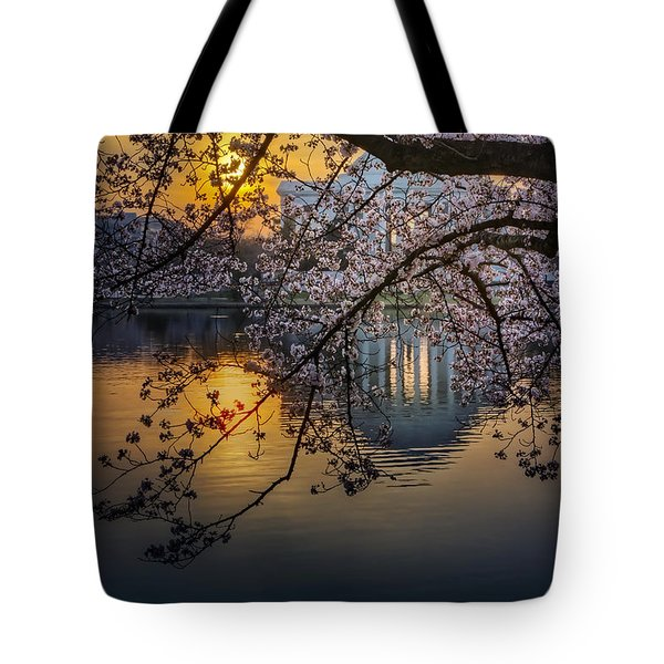 Sunrise At The Thomas Jefferson Memorial Tote Bag by Susan Candelario