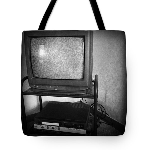 Television And Recorder Tote Bag by Les Cunliffe