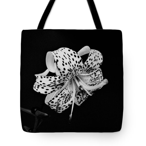 Tiger Lily In Black And White Tote Bag by Sandy Keeton
