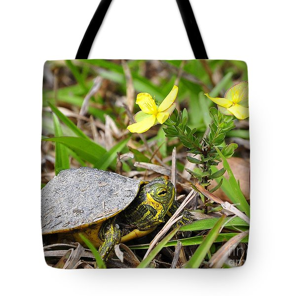 Tiny Turtle Close Up Tote Bag by Al Powell Photography USA