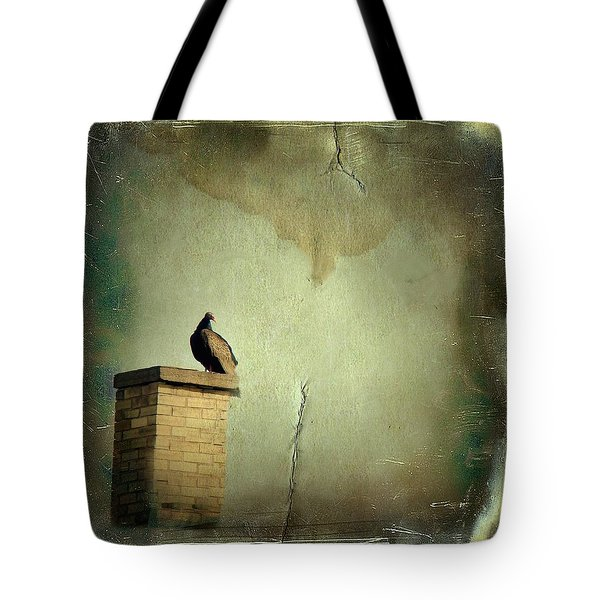 Turkey Vulture Tote Bag by Gothicolors Donna