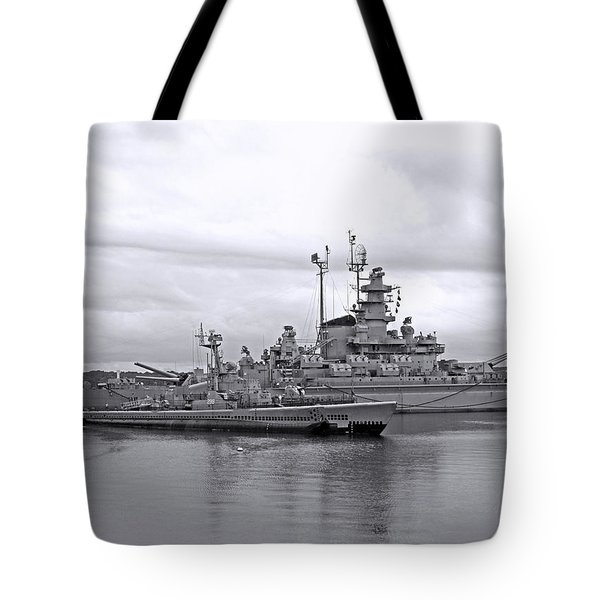 Uss Lionfish Bw Tote Bag by Barbara McDevitt