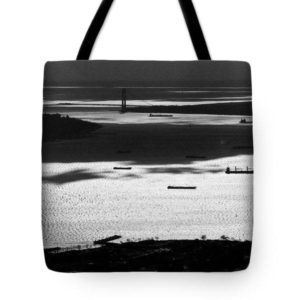 Verrazano Narrows From The World Trade Centre Tote Bag by Gary Eason