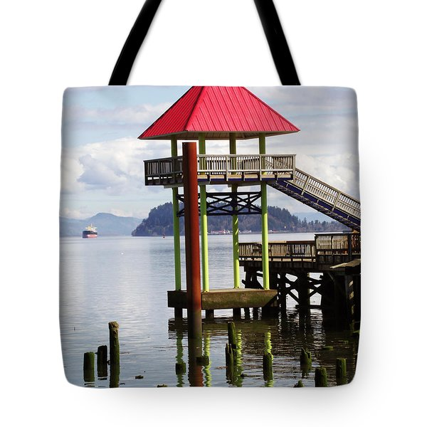 Viewing the Columbia River Tote Bag by Pamela Patch