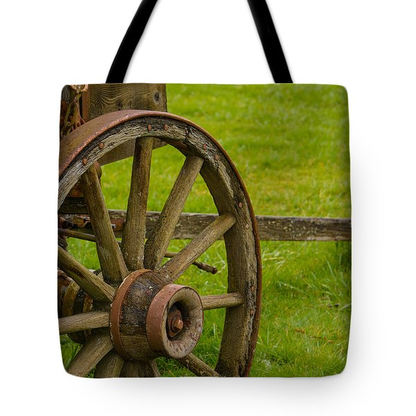 Wagons West Tote Bag by Roger Reeves  and Terrie Heslop