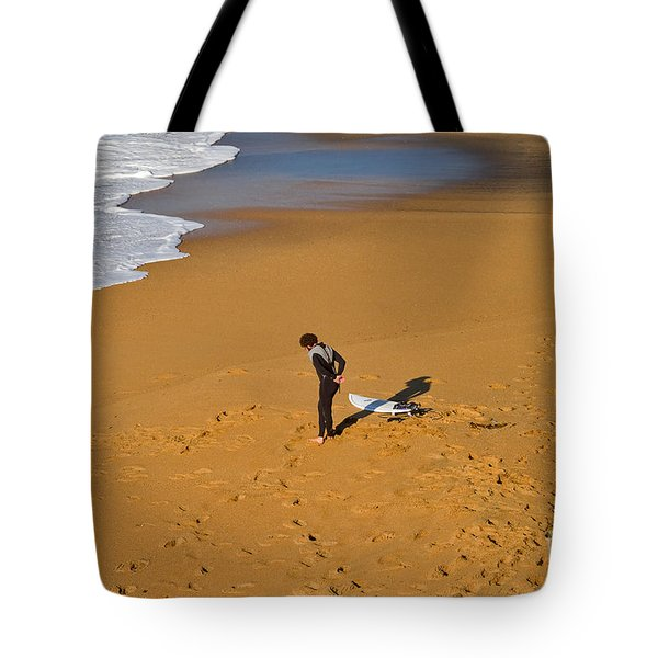 Warming Up Tote Bag by Louise Heusinkveld
