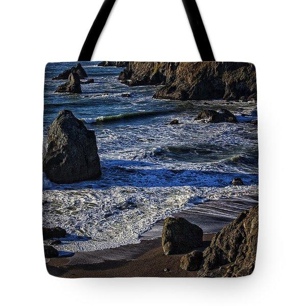 Wave Breaking On Rock Tote Bag by Garry Gay