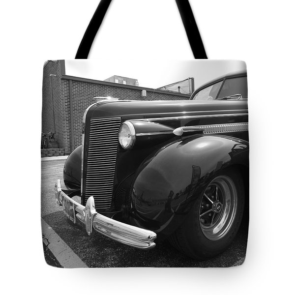 What A Beaut Tote Bag by Sara  Raber