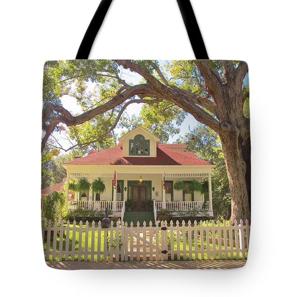White Oak Manor Jefferson Texas Tote Bag by Donna Wilson