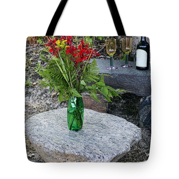 Wine And Red Flowers On The Rocks Tote Bag by Les Palenik