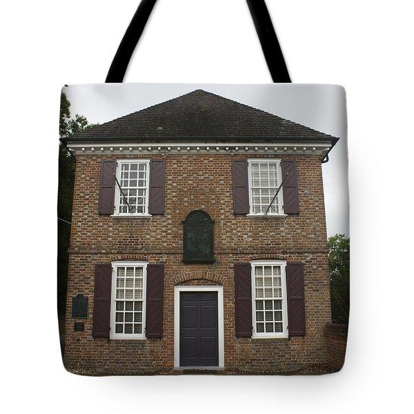 Yorktown Customs House Tote Bag by Teresa Mucha