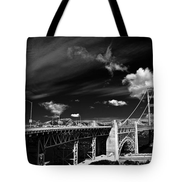 Golden Gate Tote Bag by Ralf Kaiser