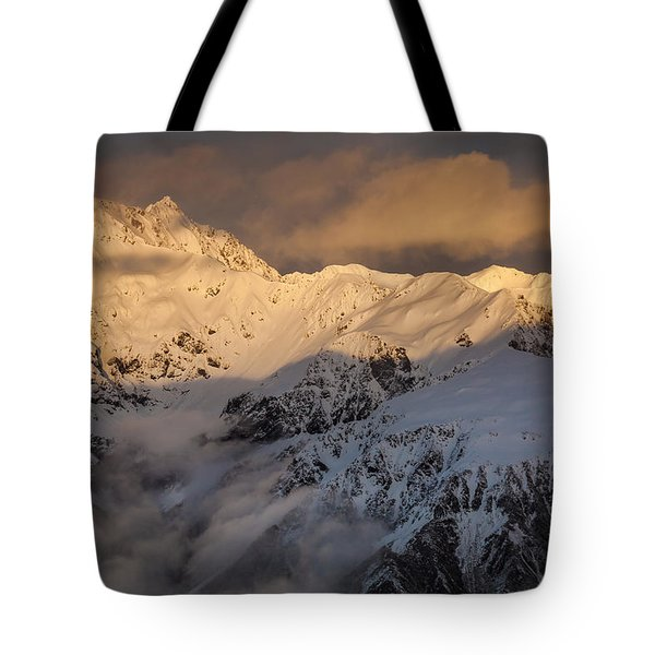 Mount Rolleston At Dawn Arthurs Pass Np Tote Bag by Colin Monteath