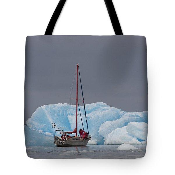 Sail Boat In Laguna San Rafael, Laguna Tote Bag by Peter Langer