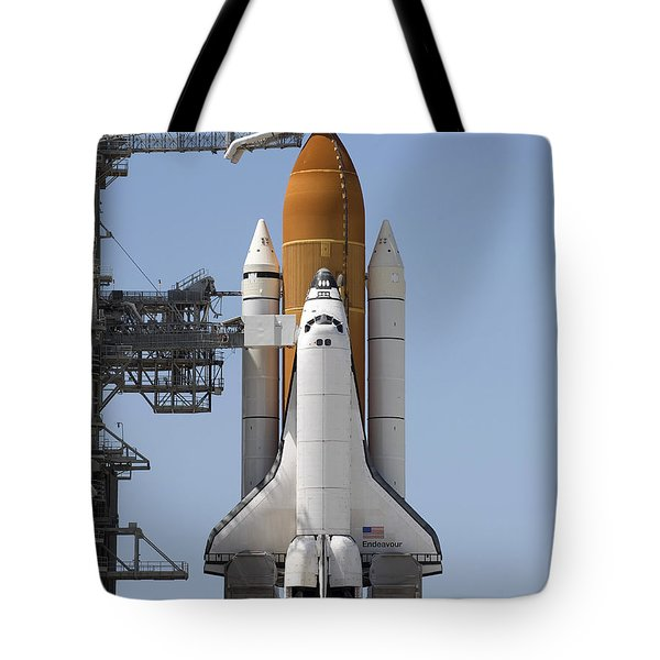 Space Shuttle Endeavour Sits Ready Tote Bag by Stocktrek Images