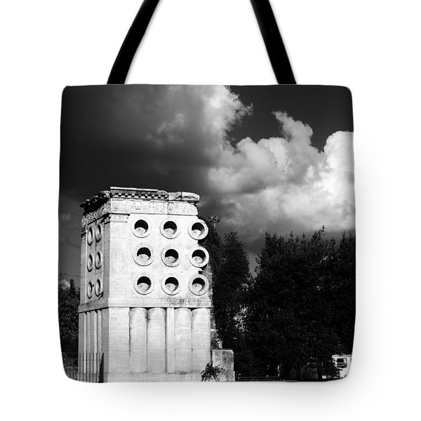 Tomb Of Eurysaces The Baker Tote Bag by Fabrizio Troiani