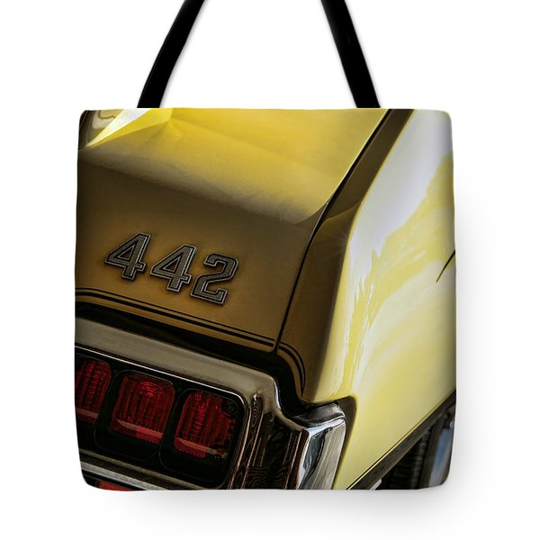 1972 Oldsmobile 442 Tote Bag by Gordon Dean II