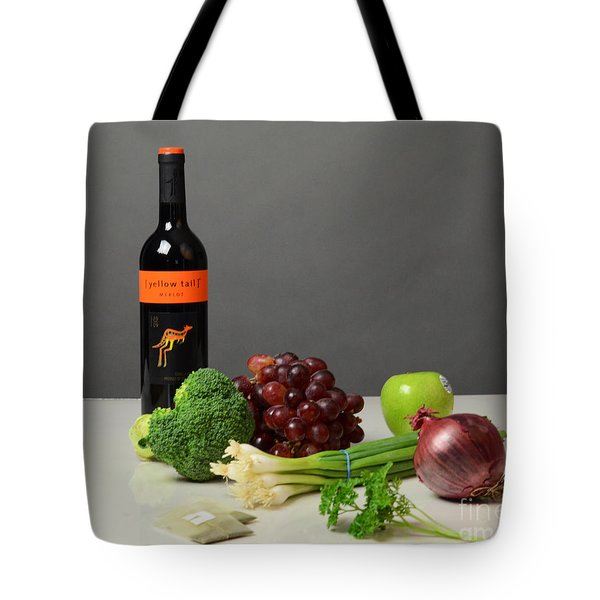 Foods Rich In Quercetin Tote Bag by Photo Researchers, Inc.