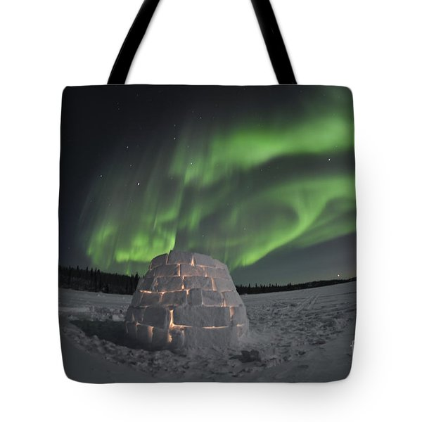 Aurora Borealis Over An Igloo On Walsh Tote Bag by Jiri Hermann