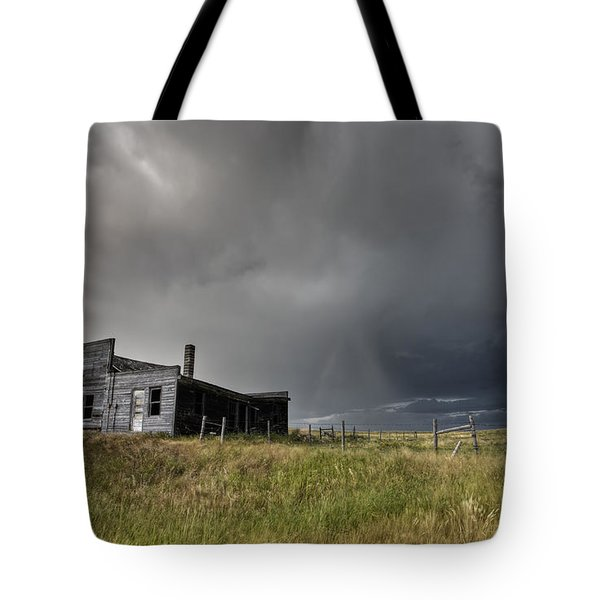 Abandoned Farmhouse Saskatchewan Canada Tote Bag by Mark Duffy