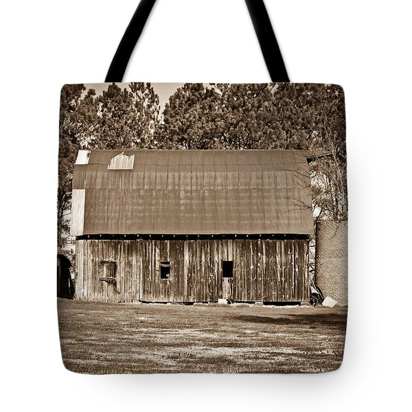 Barn And Silo 2 Tote Bag by Douglas Barnett