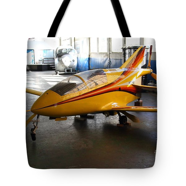 Bede 5 . BD5-B . Kit Airplane Using Honda and Mazda Engines . 7D11166 Tote Bag by Wingsdomain Art and Photography