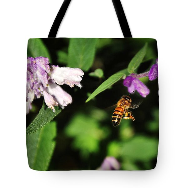 Bee in Flight Tote Bag by Kaye Menner