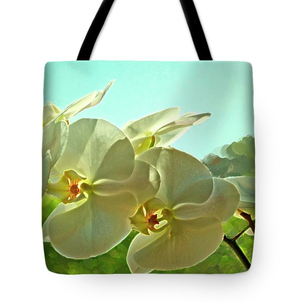 Belleza Blanca Tote Bag by Gwyn Newcombe