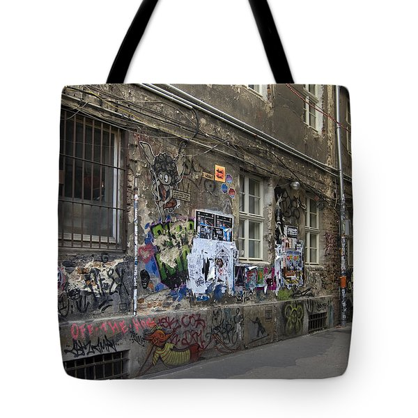 Berlin Graffiti - 1 Tote Bag by RicardMN Photography