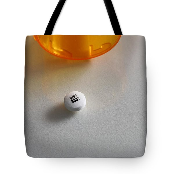 Bupropion Hydrochloride Tote Bag by Photo Researchers, Inc.