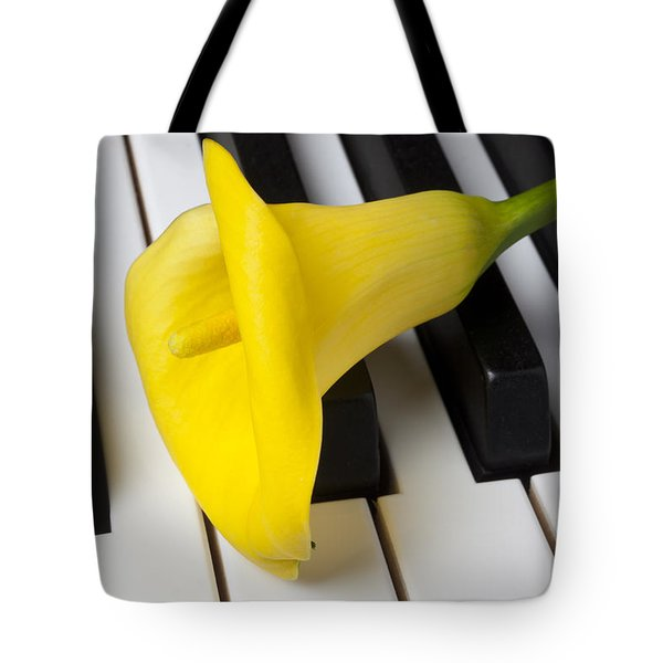 Calla Lily On Keyboard Tote Bag by Garry Gay