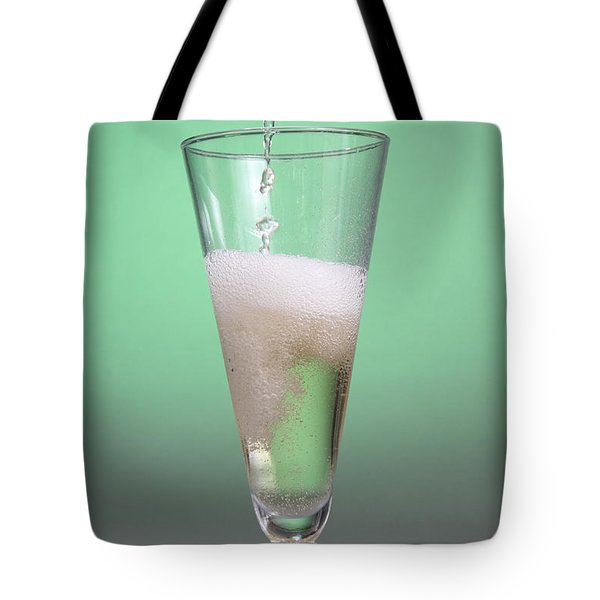 Carbonated Drink Tote Bag by Photo Researchers, Inc.