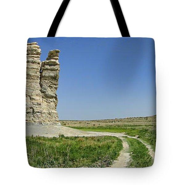 Castle Rock Tote Bag by Alan Hutchins