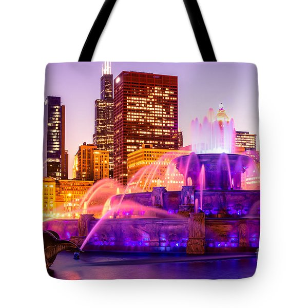 Chicago at Night with Buckingham Fountain Tote Bag by Paul Velgos