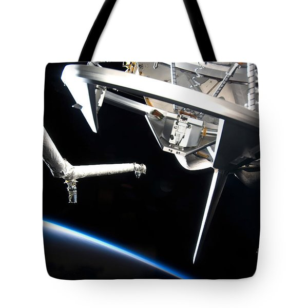 Components Of Space Shuttle Discovery Tote Bag by Stocktrek Images