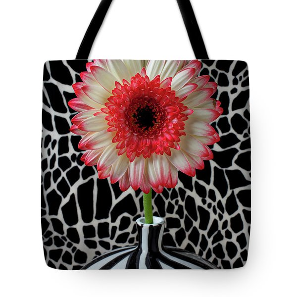 Daisy And Graphic Vase Tote Bag by Garry Gay