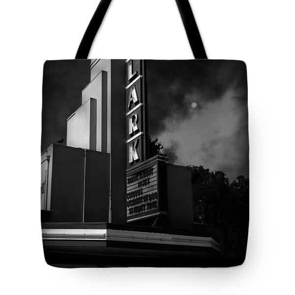 Evening At The Lark - Larkspur California - 5d18484 - Black And White Tote Bag by Wingsdomain Art and Photography
