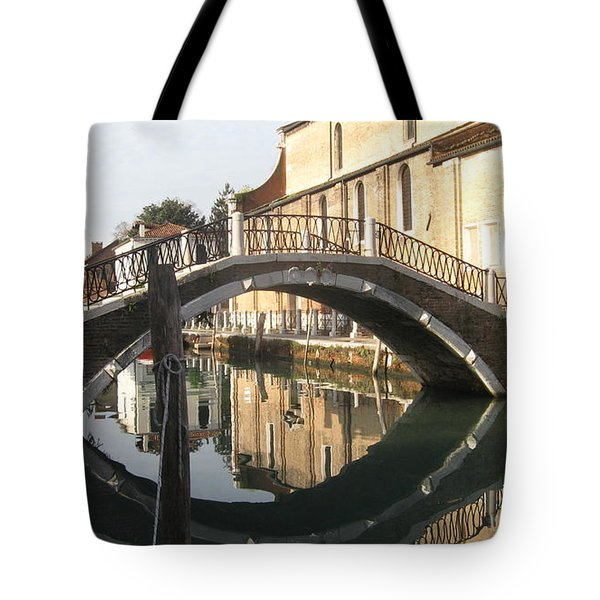 Eye See It Tote Bag by Catie Canetti