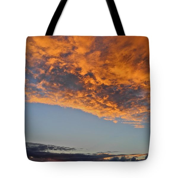 Fiery Sky At Sunset In Maui Tote Bag by Kirsten Giving