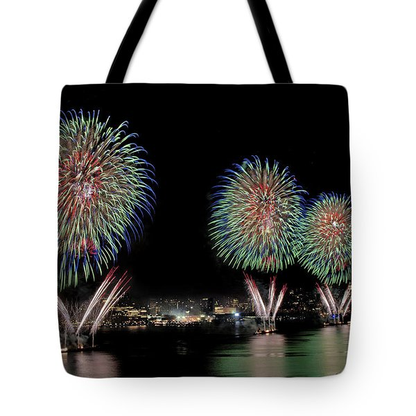 Fourt of July in NYC Tote Bag by Susan Candelario