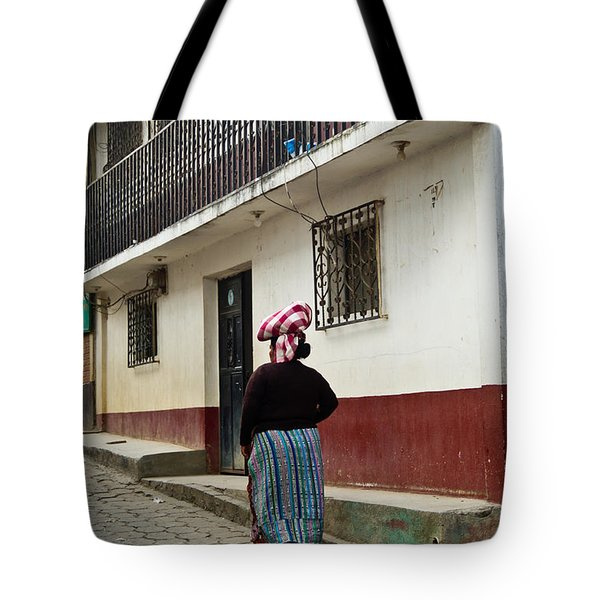 Going Home From The Market Tote Bag by Douglas Barnett