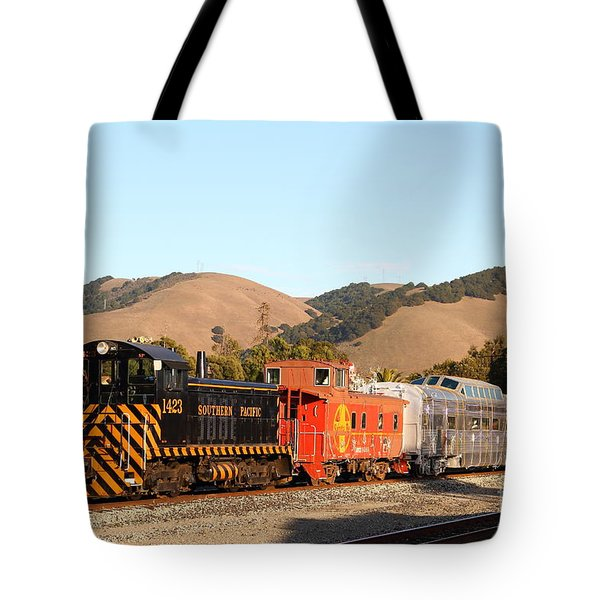 Historic Niles Trains in California . Old Southern Pacific Locomotive and Sante Fe Caboose . 7D10822 Tote Bag by Wingsdomain Art and Photography