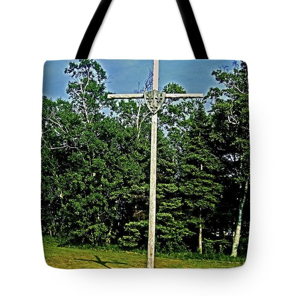Jacques Cartier In Gaspe 1534 ... Tote Bag by Juergen Weiss