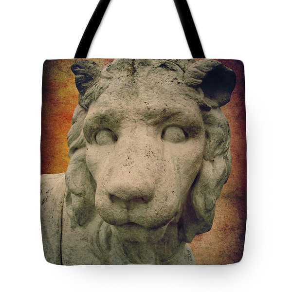 King Lion Tote Bag by Angela Doelling AD DESIGN Photo and PhotoArt