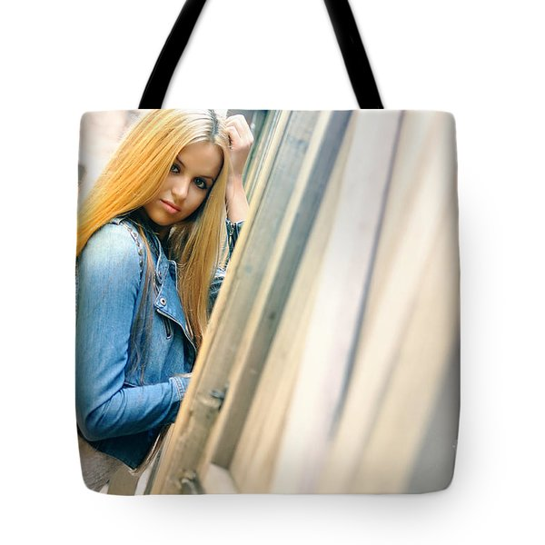 Liuda5 Tote Bag by Yhun Suarez